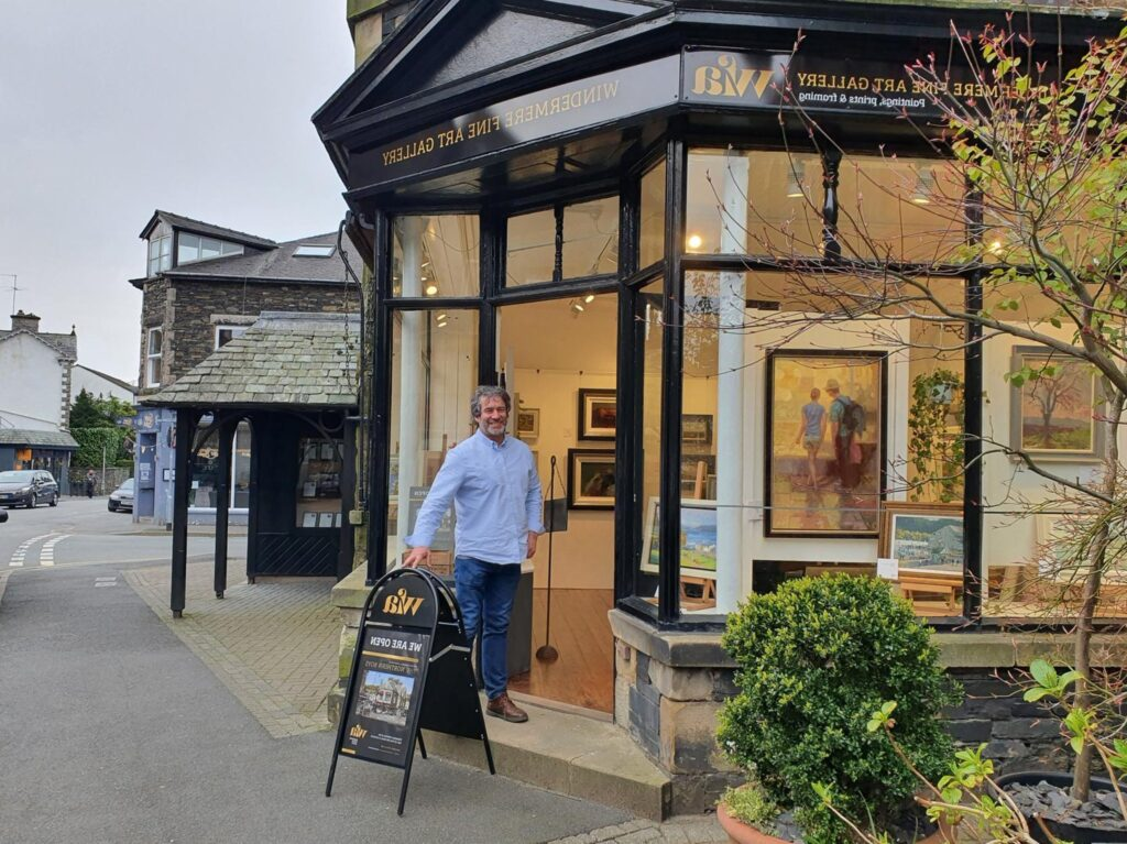 Former Sea Life Blackpool boss swaps fish for frames as he moves for the love of art